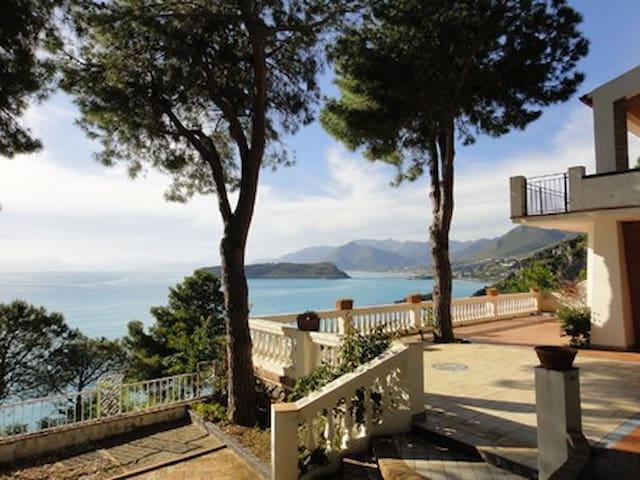 Villa sul mare con giardino - San Nicola Arcella - 一軒家
