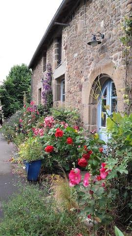 Chambre aux portes de la Bretagne - Parce - Casa