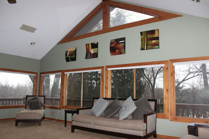 Beautiful 5acre Cabin Ranch House. - North Barrington - Haus