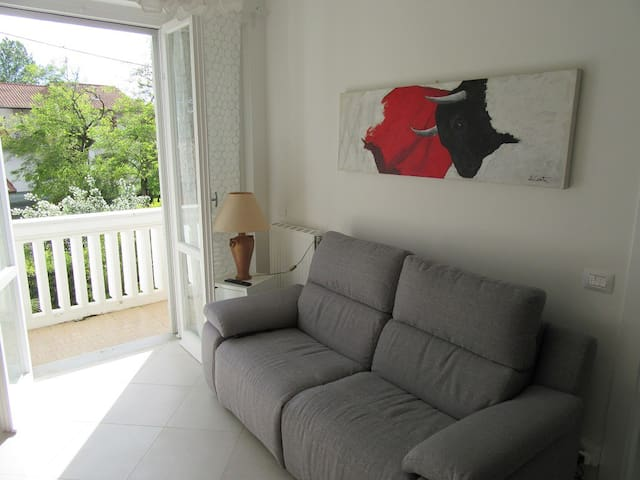 Appartamento a 150 mt dal mare - Massa - Leilighet