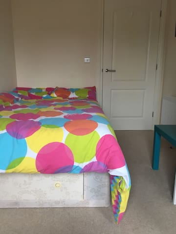 Beautiful bedroom in historic town. - Chatham - Daire
