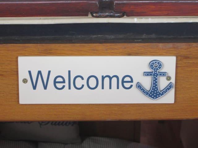 Narrowboat River Barge - Henley-on-Thames - Bot