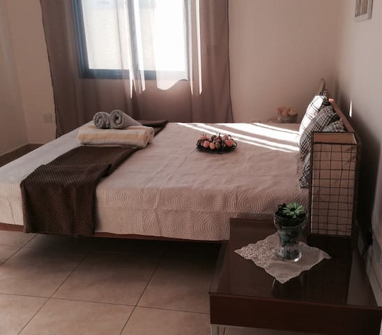 Lovely 1-bedroom apt in the centre of Limassol - Germasogeia - Appartement