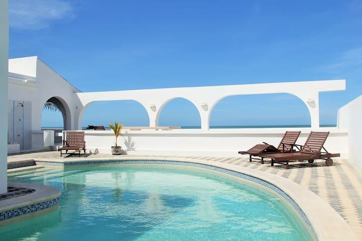 Los Arcos.. Oceanfront Resort - Chuburná