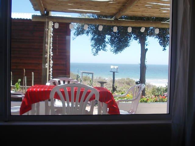 A piece of paradise on the beach at Britannia Bay - Saint Helena Bay - Departamento