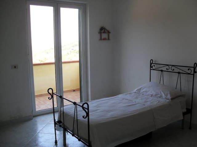Villa Laureana Cilento, vicina centro di Agropoli - Laureana Cilento - Villa