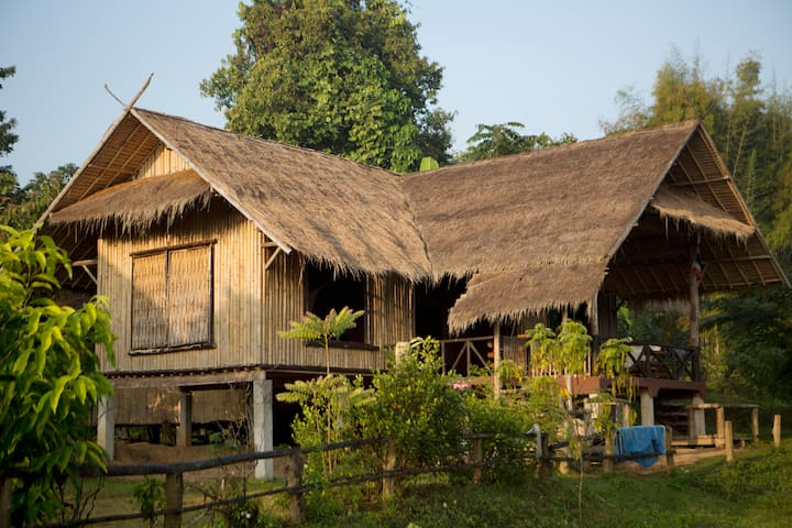 Chiang Mai Traditional Farm House - Mae Taeng - Apartament