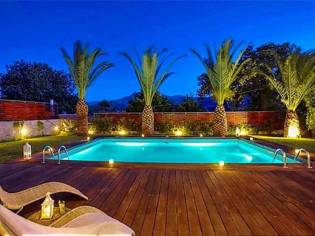 Stunning sea view villa on a 5-acre olive grove - Episkopi - Villa