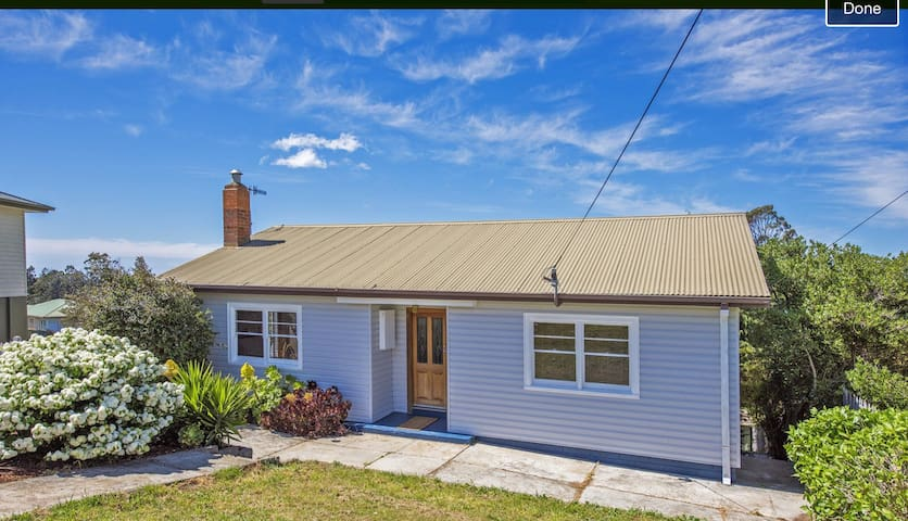 Conveniently located spacious house - Acton - Haus