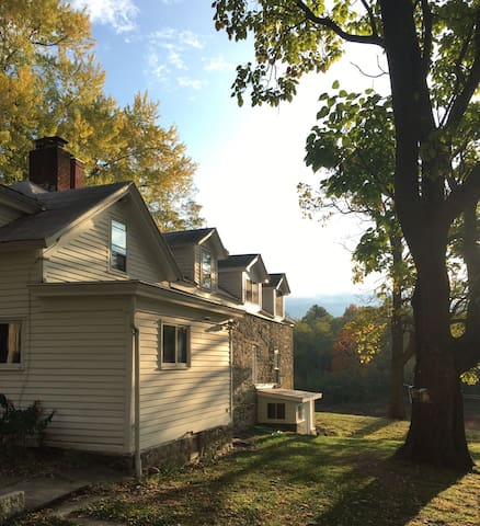 D.ble room historic stone farmhouse - West Coxsackie - Bed & Breakfast