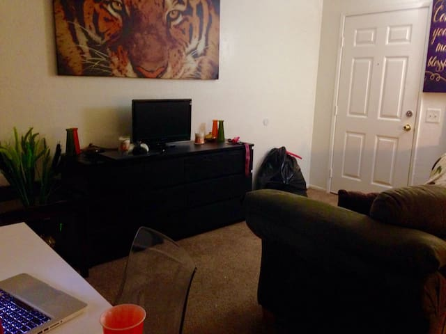 Cozy Studio In The Heart of Rancho! - Rancho Cucamonga - Appartement