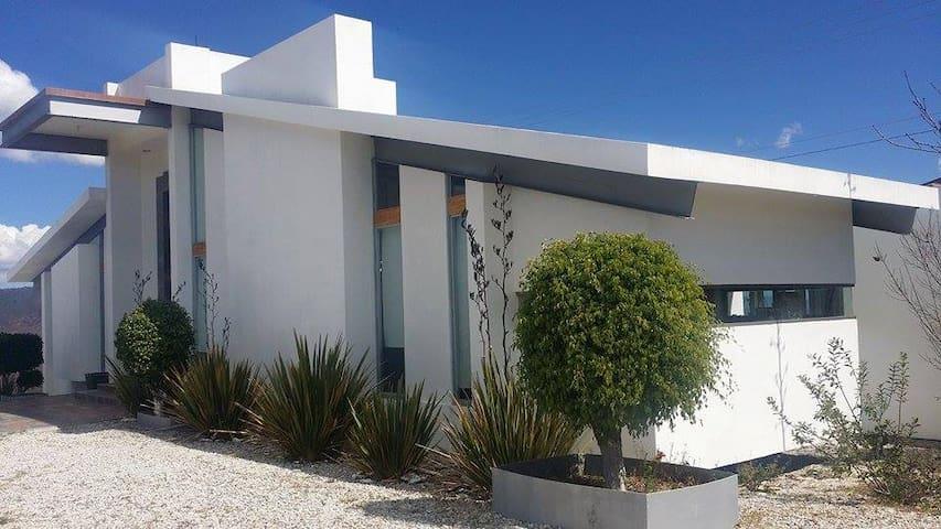 Amazing home with breathtaking views - Ahijadero - Talo