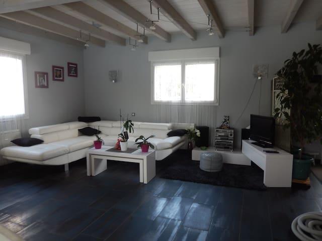 la casa de josie - Anould - Hus