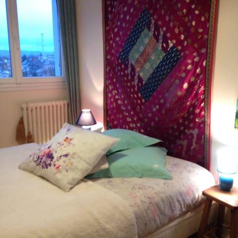 Chambre double - Aurillac - Appartement