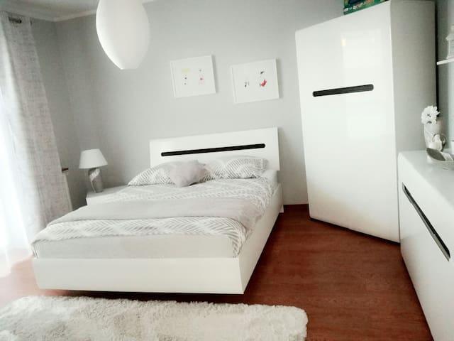 Airport Warsaw Modlin Apartment - Nowy Dwór Mazowiecki - Appartement