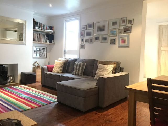 Comfy, modern and perfectly connected garden flat - Hove - Appartamento