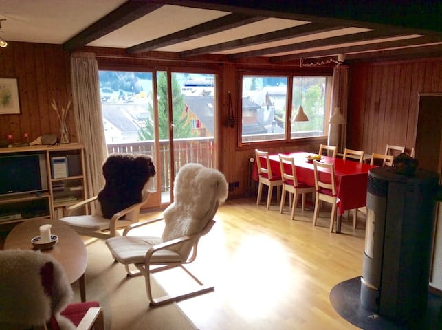 Amazing mountain view in traditional Swiss chalet - Engelberg - Apartmen