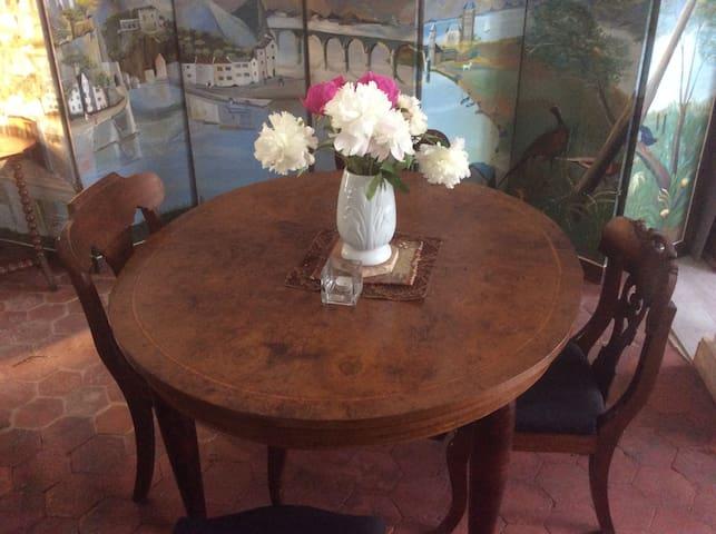 Chambre de la tour - Orbais-l'Abbaye - Bed & Breakfast