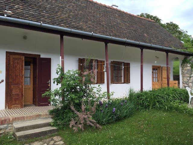 The Pearl of the Mecsek-hills - Hosszúhetény - Oda + Kahvaltı