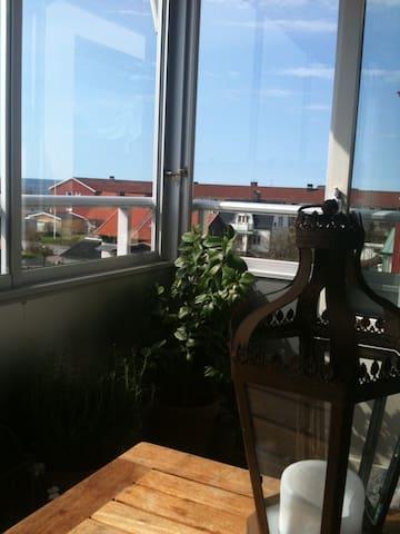 Central lägenhet nära bad och centrum - Varberg - Daire