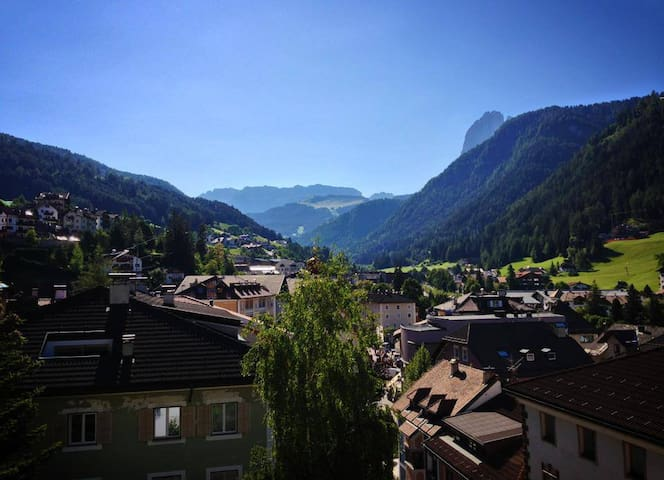 Apartment with a fabulous view on the Dolomites - Ortisei - Byt
