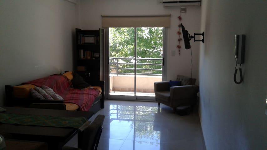 Departamento para 3 personas - La Plata - Appartement