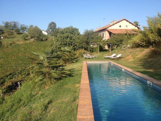 Stylish farmhouse in wine hills - Vaglio Serra - Apartamento
