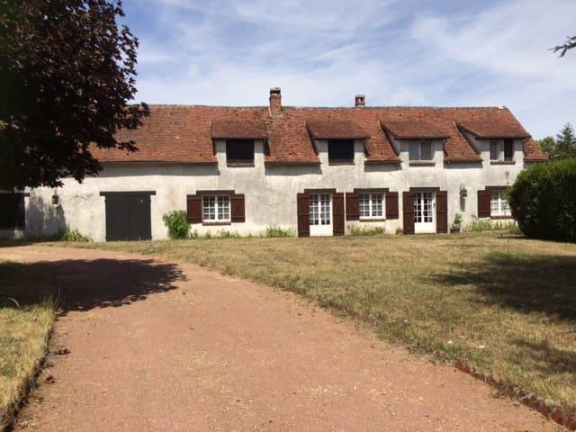 Belle maison longère à une heure de Paris - Bréchamps - Casa