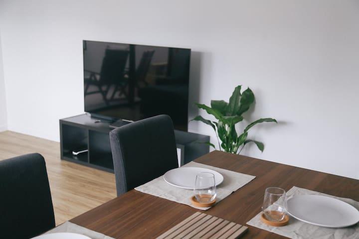 Refreshing minimalistic apartment - Newstead - Leilighet