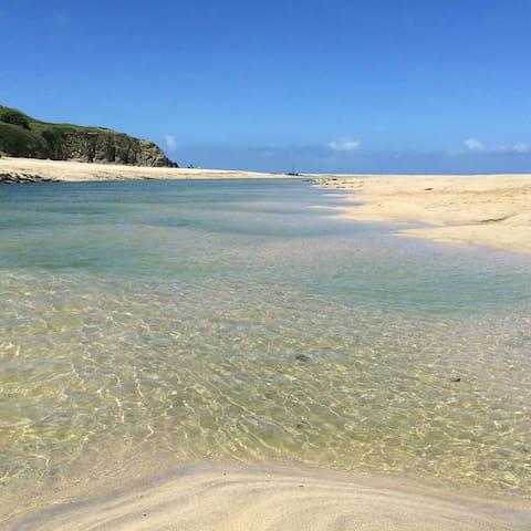 Westpoint, Beautiful Summer/Winter Beach Chalet. - Hayle, Cornwall.
