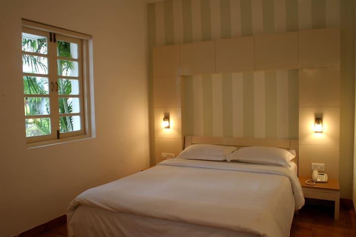 Simple Deluxe room @ Colva - Colva