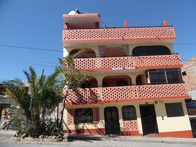 Buena Vista Apartamento - Huaraz