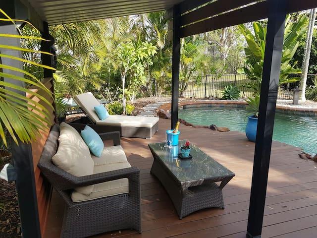 Reddie Bay Villa - relax in QLD style & comfort - Redland Bay - Villa