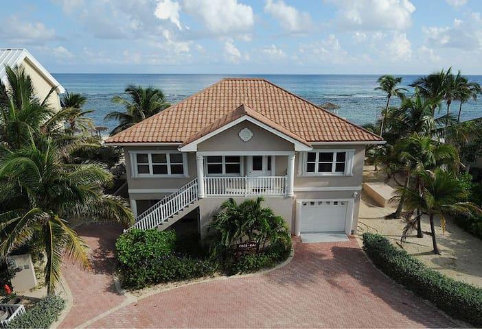 Coco Kai Beach Front Villa - North Side - Hus
