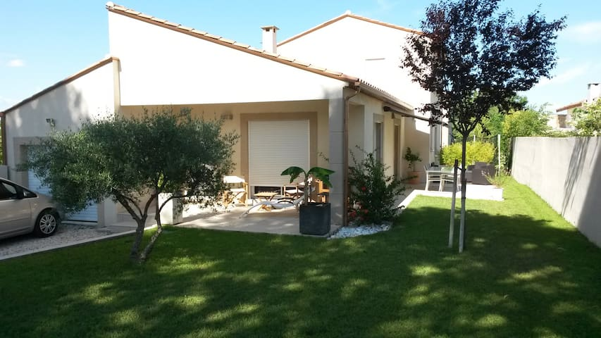 villa calme et agréable - Saturargues - Villa