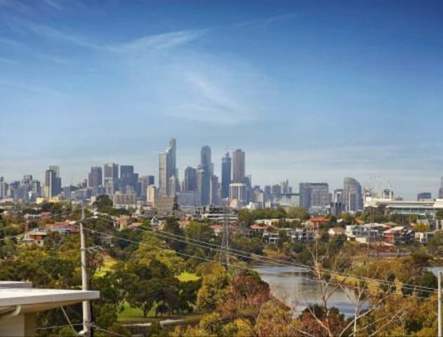 Modern, well situated, amazing view - Maribyrnong - Daire