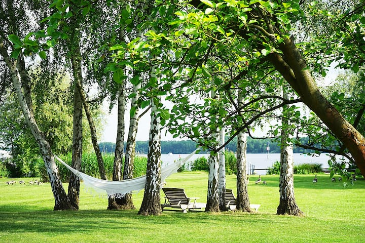 Landhaus am See bei Berlin - Heidesee - Hus