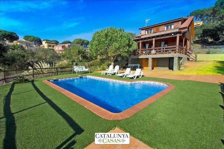 Pleasant villa for 6 in Tordera, Costa Brava, only 5km from the beach! - Costa Brava