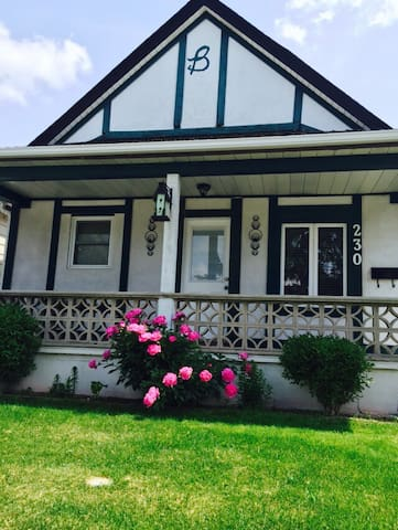 Adorable 1 bdr house by the river. - Windsor - Casa