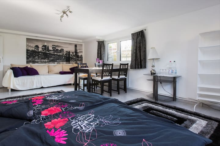2 gemütliche Messezimmer an B65 - Barsinghausen - Bed & Breakfast
