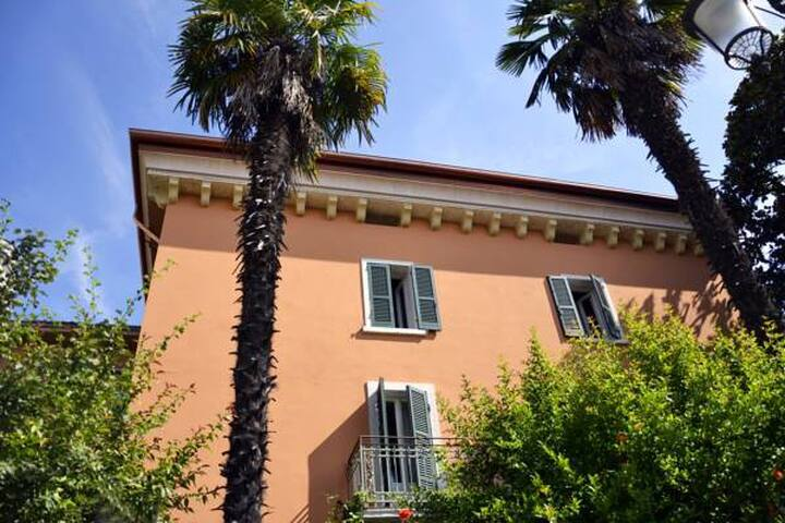 Casabiondani Lazise Camera Gigi - Lazise - Bed & Breakfast