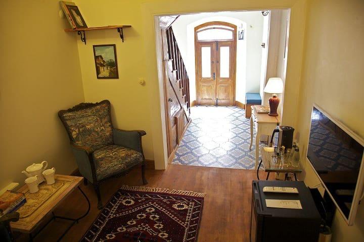 Tarihi Bergama'da PARIS HELENA SUIT - Bergama - Hus