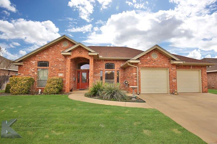 Honey's House on the Hill - Abilene