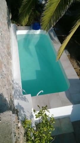 Une villa, un écrin méditerranéen. - GR - Villa