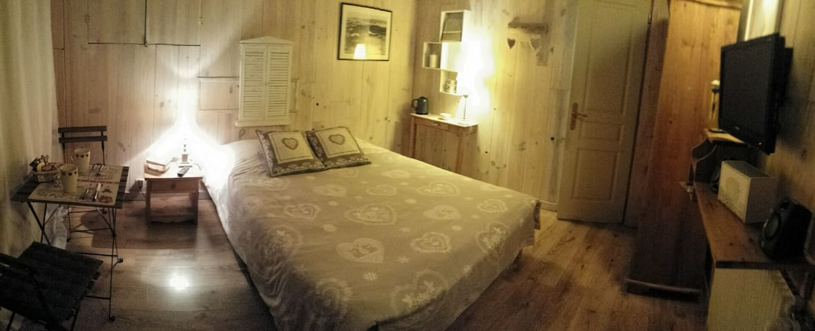 chambre en totale autonomie - Saint-Gervais-les-Bains - Casa