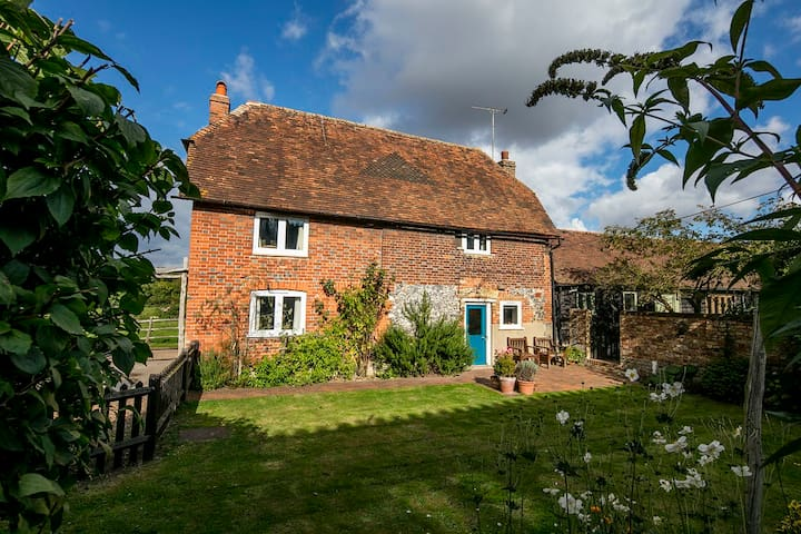 Delightful Grade II Listed Farm Cottage - Kent - Huis