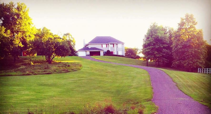 Ryder Cup Rental: Applegarden Villa Retreat - Minnetrista - Huis
