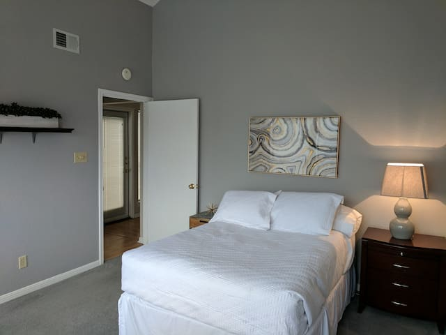 Beautiful Apartment Near UT and Dowtown Austin - Austin