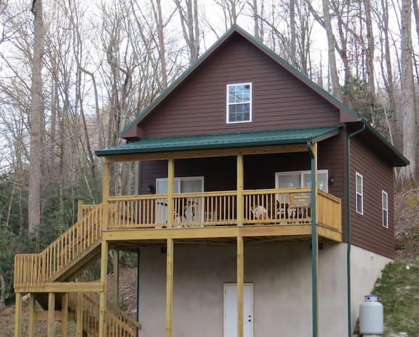 Wolf Creek Lake -Windy Hollow Cabin - Tuckasegee - Casa de campo