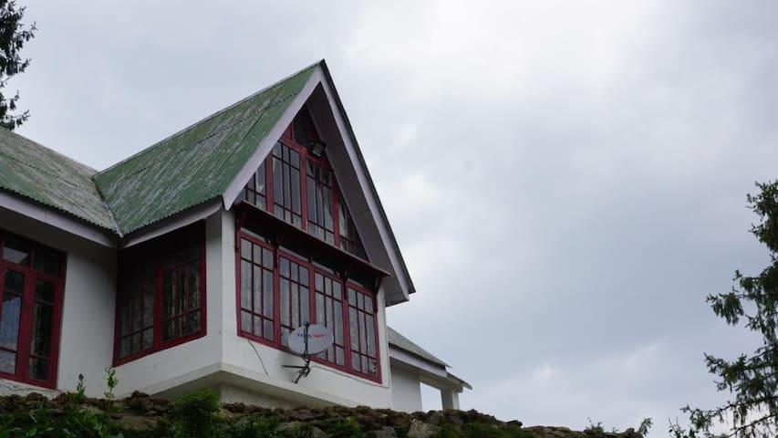 The Himalayan Odyssey Home Stay - Room 1 - Kufri